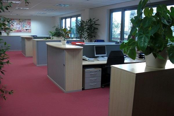 Desk sharing im Büro.