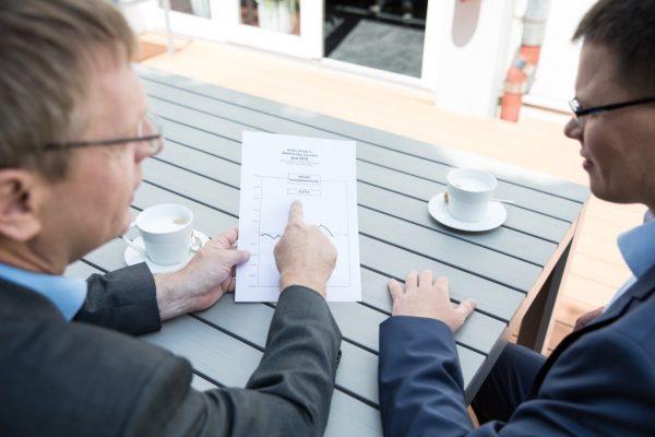 Die Mitarbeiter bereiten Quartalsgespräche vor