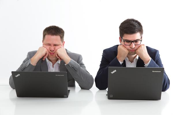 Mitarbeiter spueren Frust aus Chefbuero