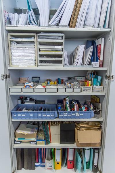 Ordnungssystem Buero Materialschrank