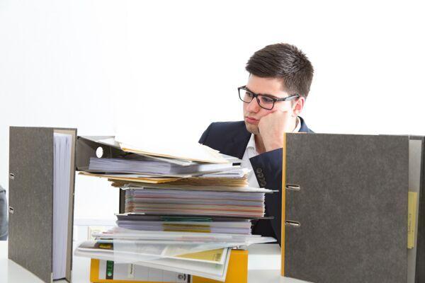 Projekte nach Projektabschluss vom Schreibtisch
