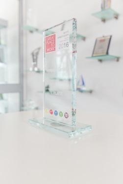 Reflexion durch Präsentation der Auszeichnungen
