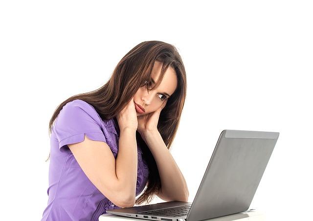 schlechte-schadstoff-belastete-luft-müde-unkonzentriert