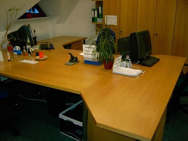 Schritt 2 Büro aufräumen