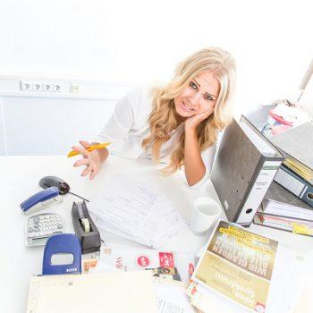 2. Urlaubsplanung: Abwesenheitsnotiz? Wer nach 4 Mails und 7 Anrufen nichts von Ihnen hört, wird schon merken, dass Sie nicht im Büro sind!