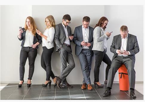 Mit Kundenanfragen sollten Sie einheitlich umgehen, gerade in der Telefonzentrale