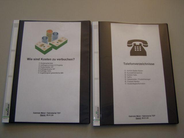 Ein Foliensichtbuch mit allen Unterlagen kann Ihrer Urlaubsvertretung helfen.